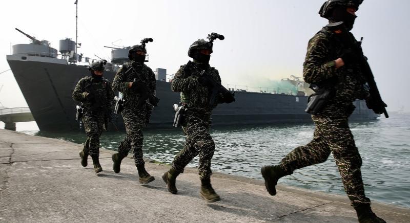 Amerikai hagihajó zavart meg egy kínai hadgyakorlatot - krónika